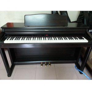 đàn piano điện roladn 550g