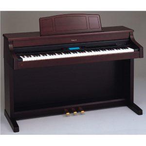 đàn piano điện roladn 557